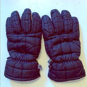 Black NorthFace ski gloves